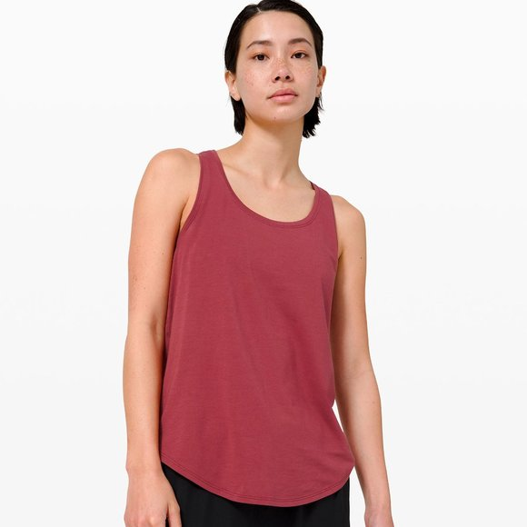 Lululemon Love Tank Pleated Chianti NWT Size 6